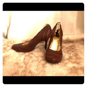 Hole Bob Cute leather vintage style shoes 9.5M